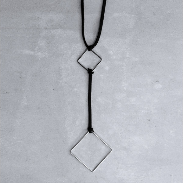 DOUBLE SQUARE CHOKER | silver shiny