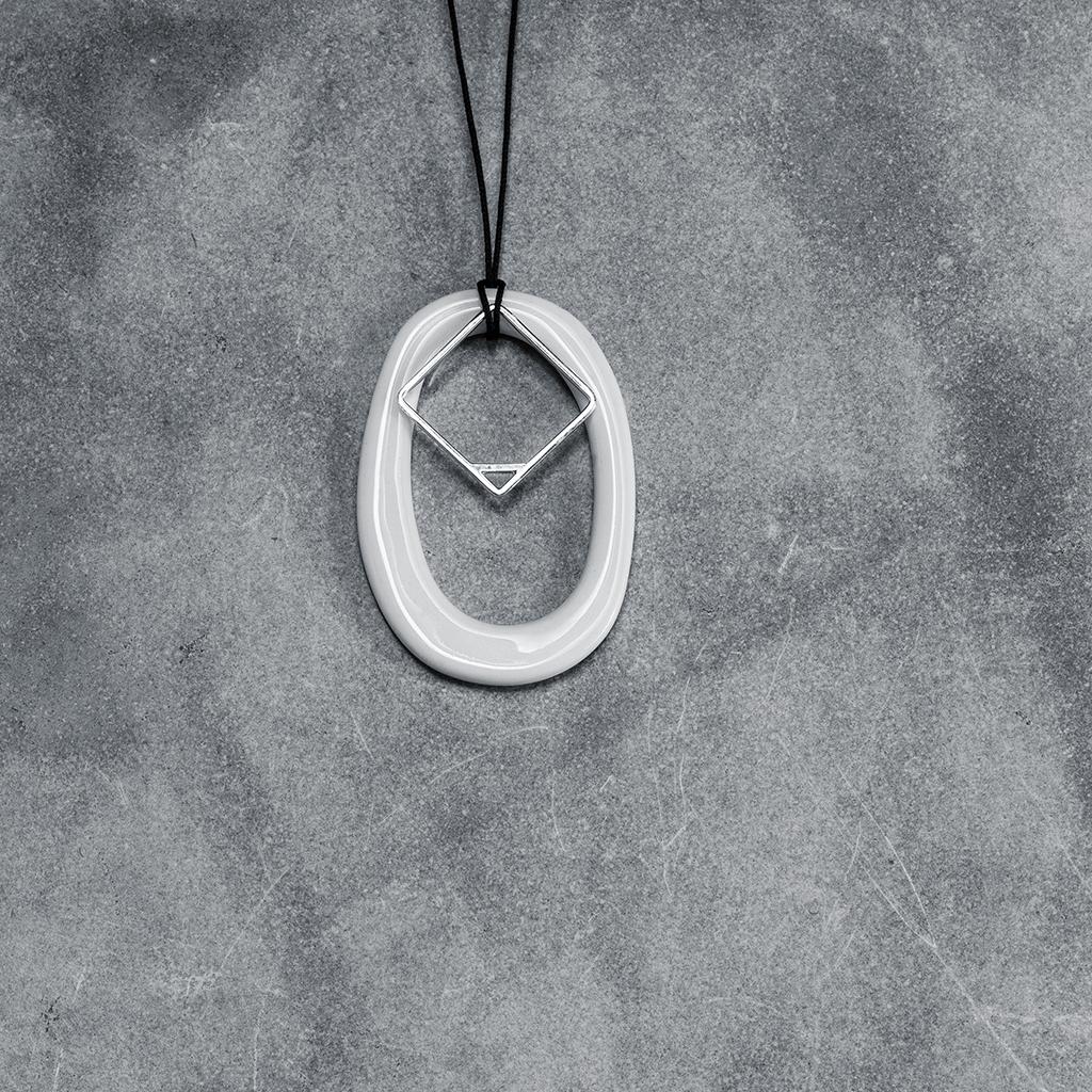 INTROVERT MIX | silver + porcelain